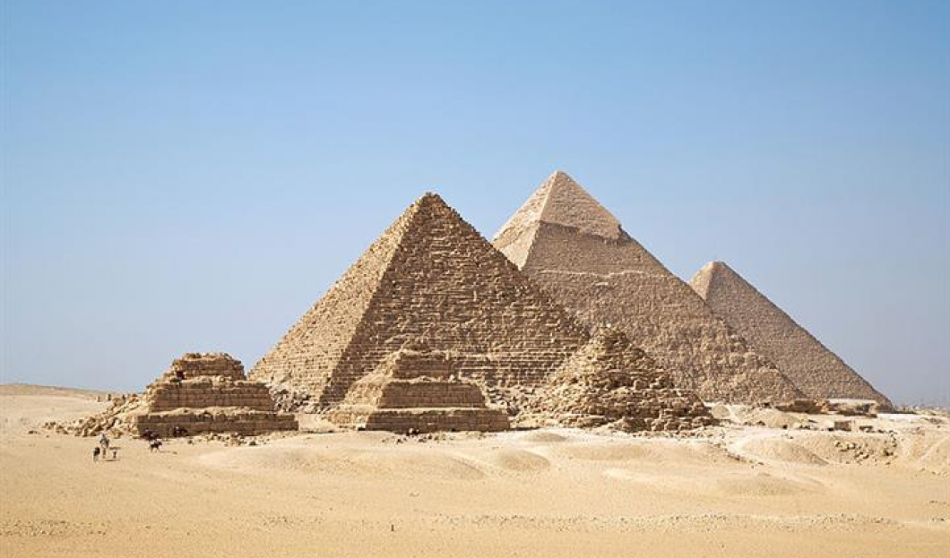 9) Pyramiden von Gizeh, Kairo, Ägypten