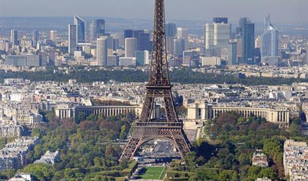 4) Eiffelturm, Paris, Frankreich