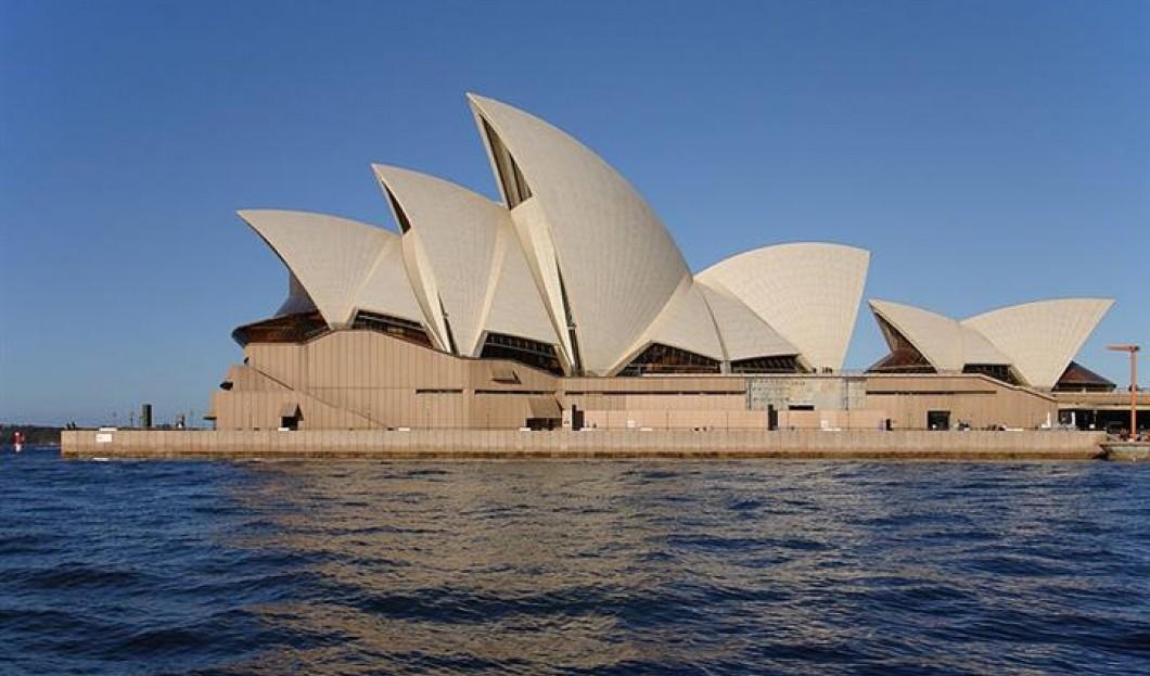 3) Das Opernhaus von Sydney, Australien